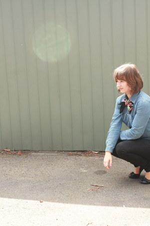 black Levis jeans - black Target shoes - sky blue armarni jeans shirt
