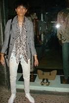 Mango coat - Rusty t-shirt - Zara jeans - Costume National boots - vintagemom cl