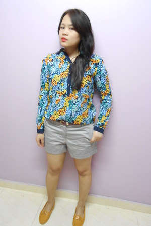 grey H&M shorts - floral print Bossini blouse - mustard flats