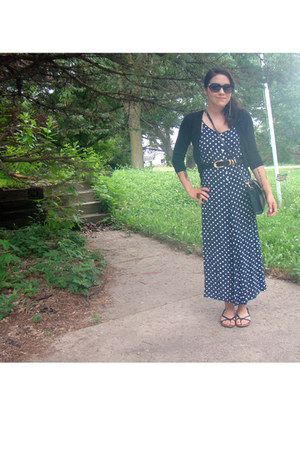 polka dot maxi vintage dress - crossbody vintage purse - xhilaration sunglasses
