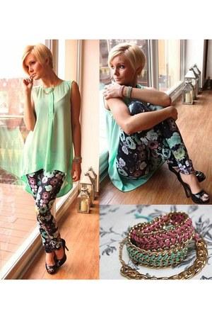 H&M leggings - H&M blouse - Parfois heels