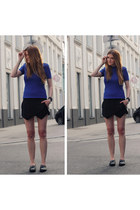 black Zara shorts - blue Zara top - black Zara flats