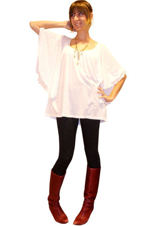 white H&M blouse - black H&M leggings - red vintage boots - gold Black Willow ne