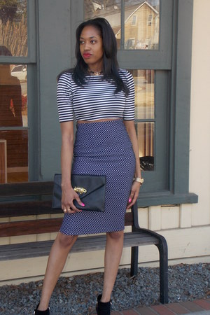 Ross boots - Forever 21 shirt - Ross purse - H&M skirt