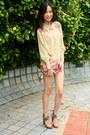 Accessorize-purse-coral-local-boutique-shorts-gold-charles-keith-heels