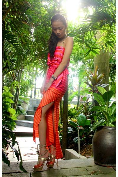 orange BCBG Maxazria dress - tan Charles David heels
