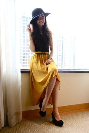 mustard Forever 21 skirt - black Aldo wedges