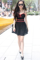 black lyn around dress - black Louis Vuitton bag