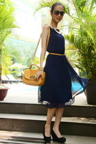 navy Top Shop dress - mustard Charles & Keith purse - black Aldo wedges