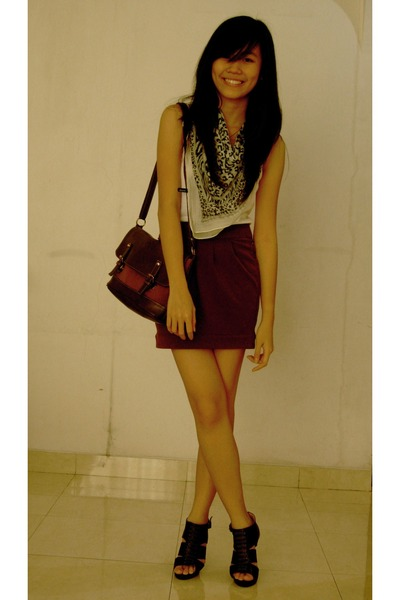 white pull&bear top - gray pull&bear scarf - brown NyLa skirt - brown