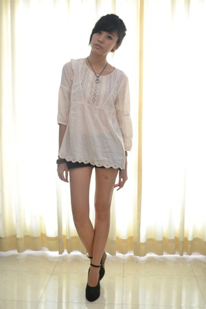 Zara blouse - Nudie shorts - wedges - vintage necklace