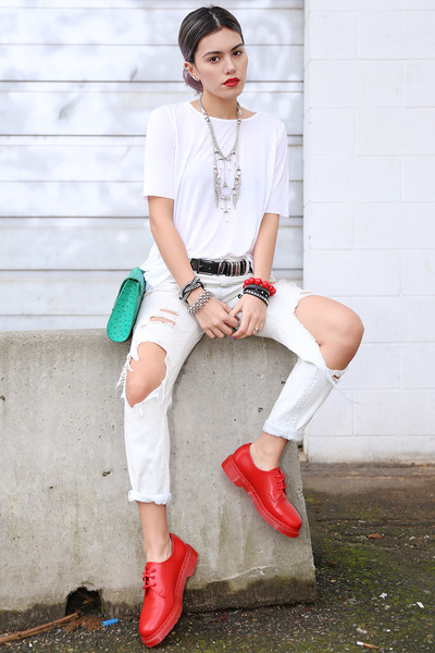 white raw edge tee Cheap Monday top - red classic Dr Martens shoes