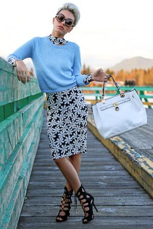 black AmiClubWear suit - white angie tote la moda bag - black AmiClubWear heels