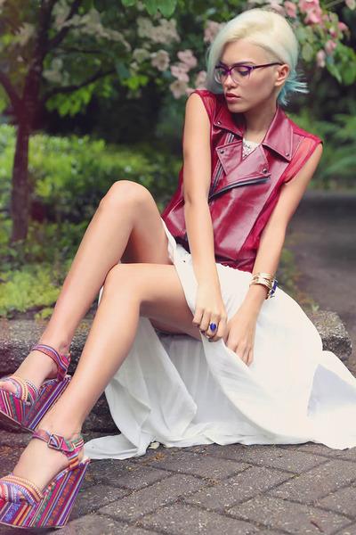 maroon frances r vest FALA vest - white style moi dress - blue la moda bracelet