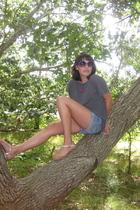 t-shirt - Aeropostale jeans - Gap Outlet shoes - Forever21 sunglasses - H&M neck