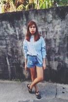 sky blue denim shirt Esprit shirt - blue denim shorts Levis shorts