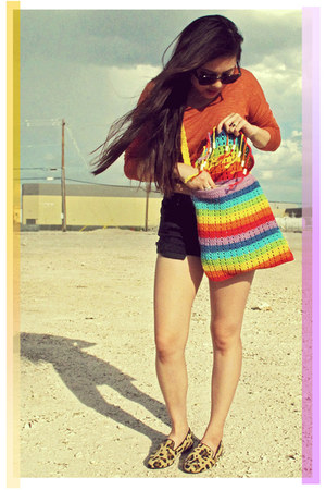 dknstrkt bag - black cutoff Roxy shorts - orange pocket Forever 21 top
