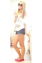white Forever 21 shirt - blue jeans - pink Urban Outfitters shoes