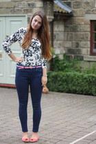 white floral H&M cardigan - navy Topshop jeans - pink Primark belt