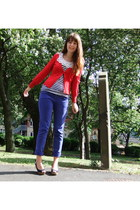 blue Primark jeans - red new look cardigan - black Republic top - black peep toe