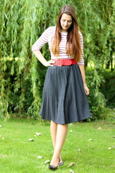 black polka dot vintage skirt - black Outlet store shoes - red Accessorize belt