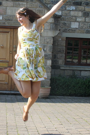 ivory lemon print Primark dress - cream hair band Primark accessories