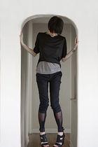 Kimberly Ovitz top - gray Hanii Y top - black Club Monaco pants - black Cheap Mo