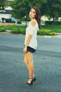 Black-lace-ruffles-iris-basic-shorts-white-top-black-payless-sandals