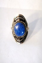 blue oval stone vintage ring