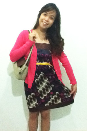 dark brown peacock dress - tan Kimbel bag - hot pink trevise cardigan - yellow t
