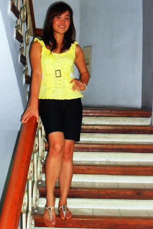 white slippers Terra & Agua shoes - black shorts - Mirrors blouse