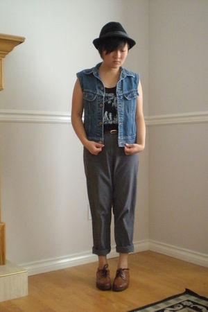 pants - shoes - vest - t-shirt - hat