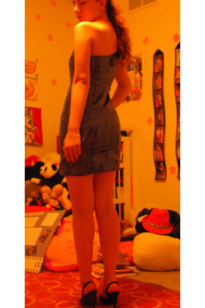 blue Forever 21 dress - black vintage shoes
