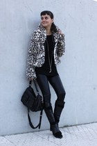 killah jacket - Uterque shirt - Zara leggings - Pablo Fuster boots - Zara bag -