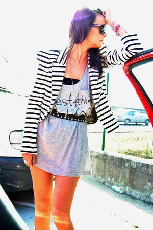 gray H&M top - white Zara blazer - black Bimba y Lola belt - vintage accessories