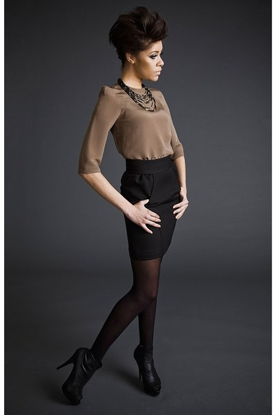 brown blouse - black skirt - black boots