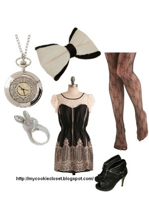 dress - ribbons leggings - ribbonn accessories - rabbit ring - clock neclace nec