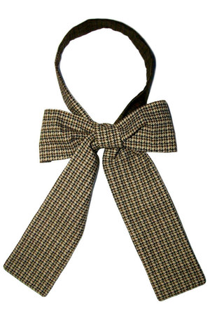 army green neckerchief Equeglitz tie