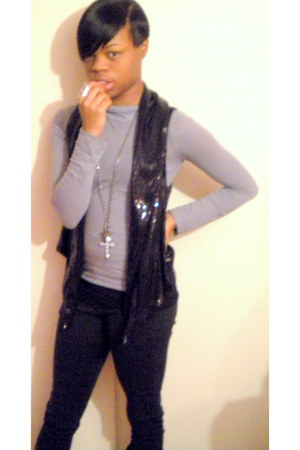 sequined Forever 21 vest - turtleneck top - Charlotte Russe ring - crosses Rue 2