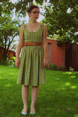 handmade dress - brandless belt - 9 West shoes