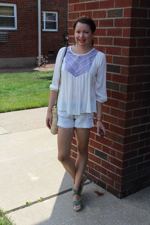Forever 21 top - Old Navy shorts - Old Navy sandals
