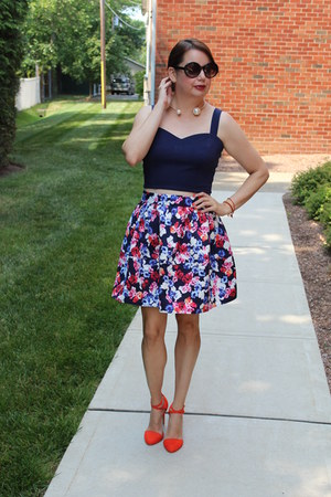 francescas top - Zara shoes - Express skirt
