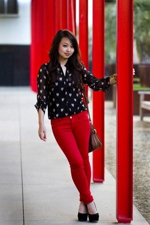 black heart Nasty Gal blouse - red Forever 21 jeans - Steve Madden heels
