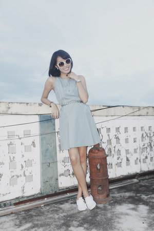 light blue tennis dress vintage dress - white Keds sneakers