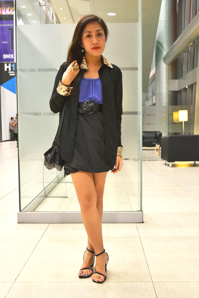 black worn as skirt Folded and Hung top - blue worn as top Cococabana dress
