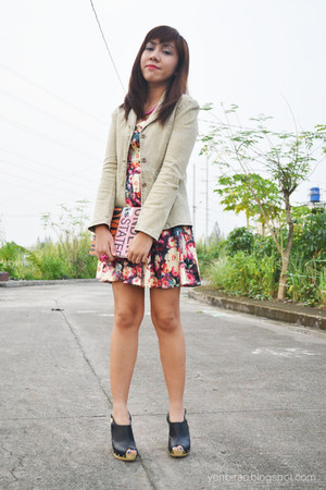 dark khaki khaki From Kryz Uy blazer - black MSE clogs