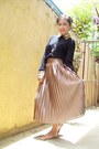 Black-sequined-collar-fayenesss-blouse-light-brown-pleated-tomato-skirt