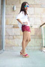 White-lace-back-top-magenta-scallop-shorts