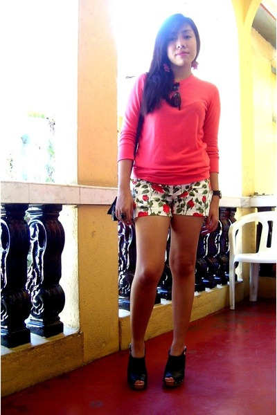 floral shorts Just Chic shorts - lace top Forever 21 blouse