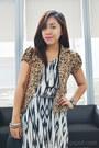 Black-zebra-print-h-m-dress-brown-leopard-print-forever-21-blazer